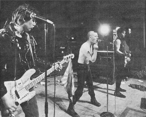 Crazy - great live shot from back then (no clue where, no clue when - historicans please!)