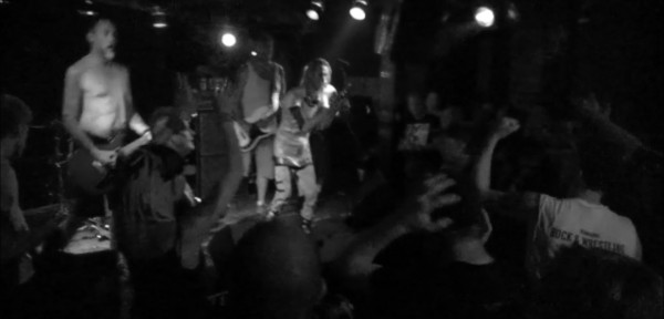 … cheerfully sad – SNFU (of sorts ?) and Mr. Chi Pig (off meth ?) provide solid night out!