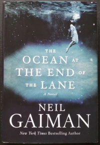 NeiL Gaiman - The Ocean at the end of the Lane (William Morrow, 2013)