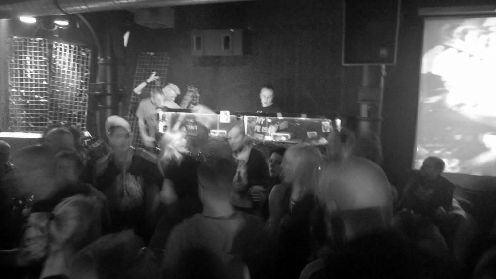 DJ Christian (Knust, 26.11.2014  (c) gehkacken.de )