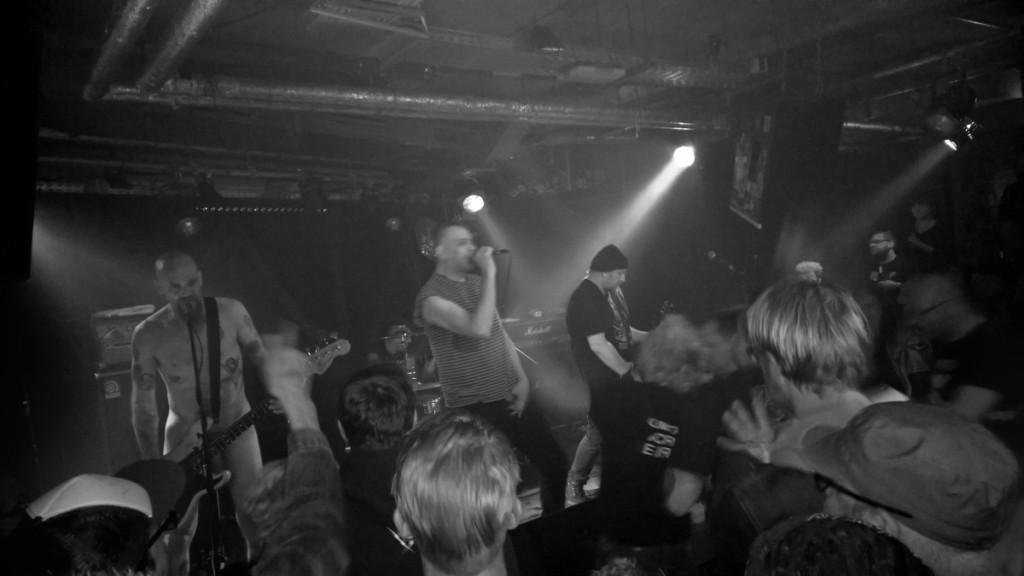 Dwarves (Hafenklang, 24.04.2015  (c) gehkacken.de)