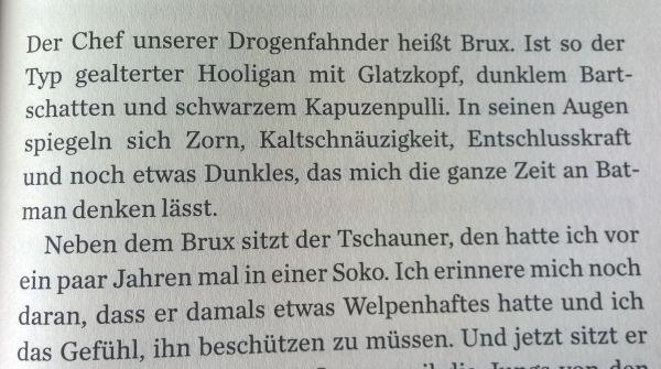 Simone Buchholz - Blaue Nacht ( (c) Suhrkamp Verlag 2016)