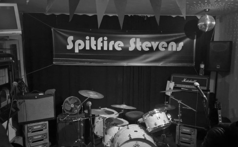 … 10″ remains the coolest format: Record release party in style – Spitfire Stevens rule the Hafenbahnhof!