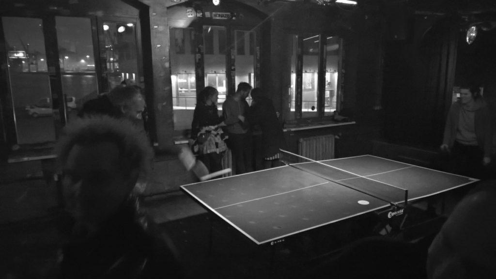 ... circle pit table tennis!