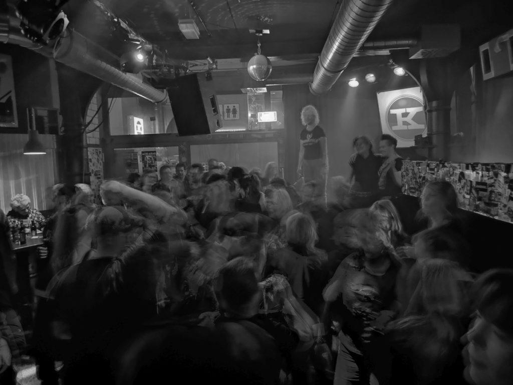 ... endless party galore ( (c) gehkacken.de 2019)